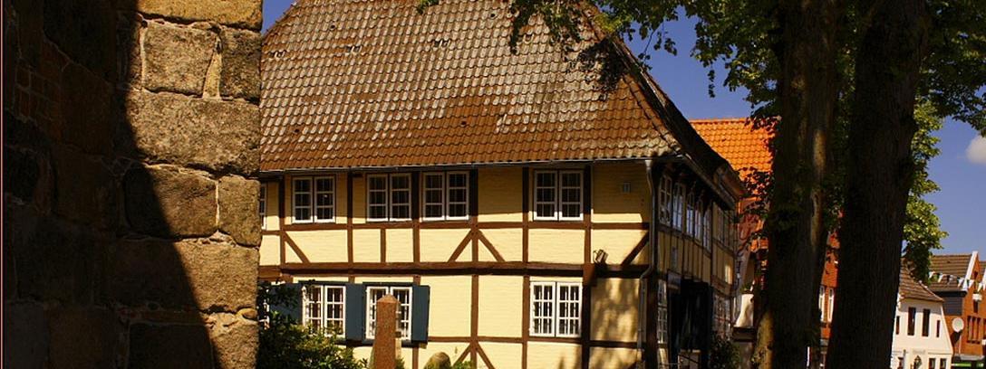 hamburger schulmuseum museumsverband schleswig holstein und hamburg e v. Black Bedroom Furniture Sets. Home Design Ideas
